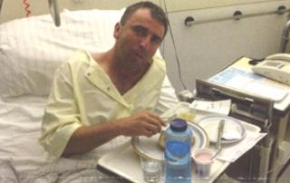 Pater Markus Körber im Krankenhaus, 2015